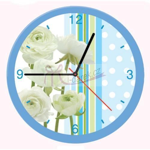 Nástěnné hodiny s motivem kytek a puntíků - světle modrá